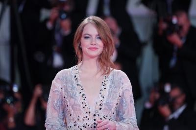 Kit Harington, Emma Stone to host SNL