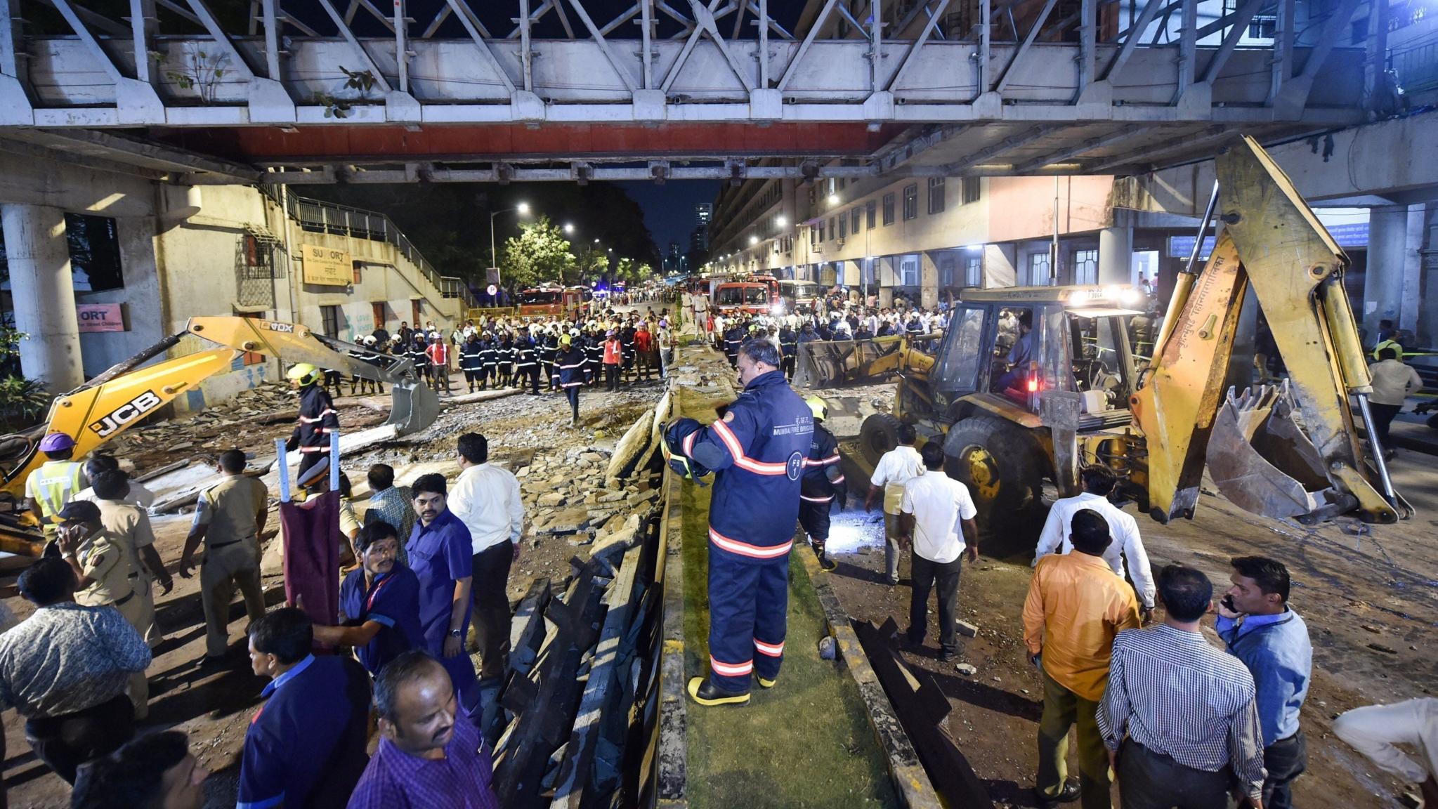 QMumbai: Cops to Quiz BMC Officials on CST Bridge Collapse & More