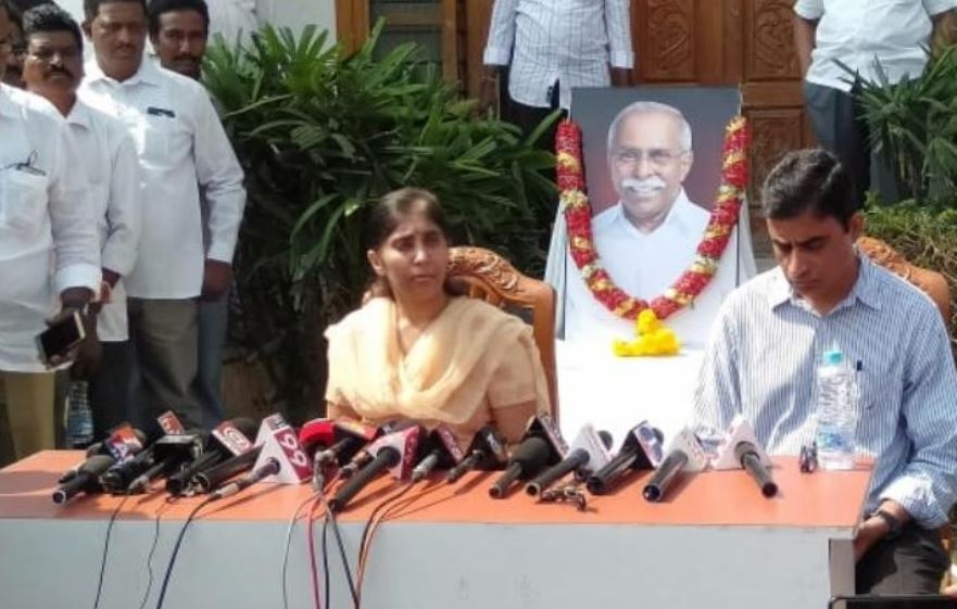 Reddy Murder: Daughter Takes Case to EC, Seeks 'Impartial' Probe
