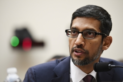 Trump calls Pichai Google President, after Tim Apple