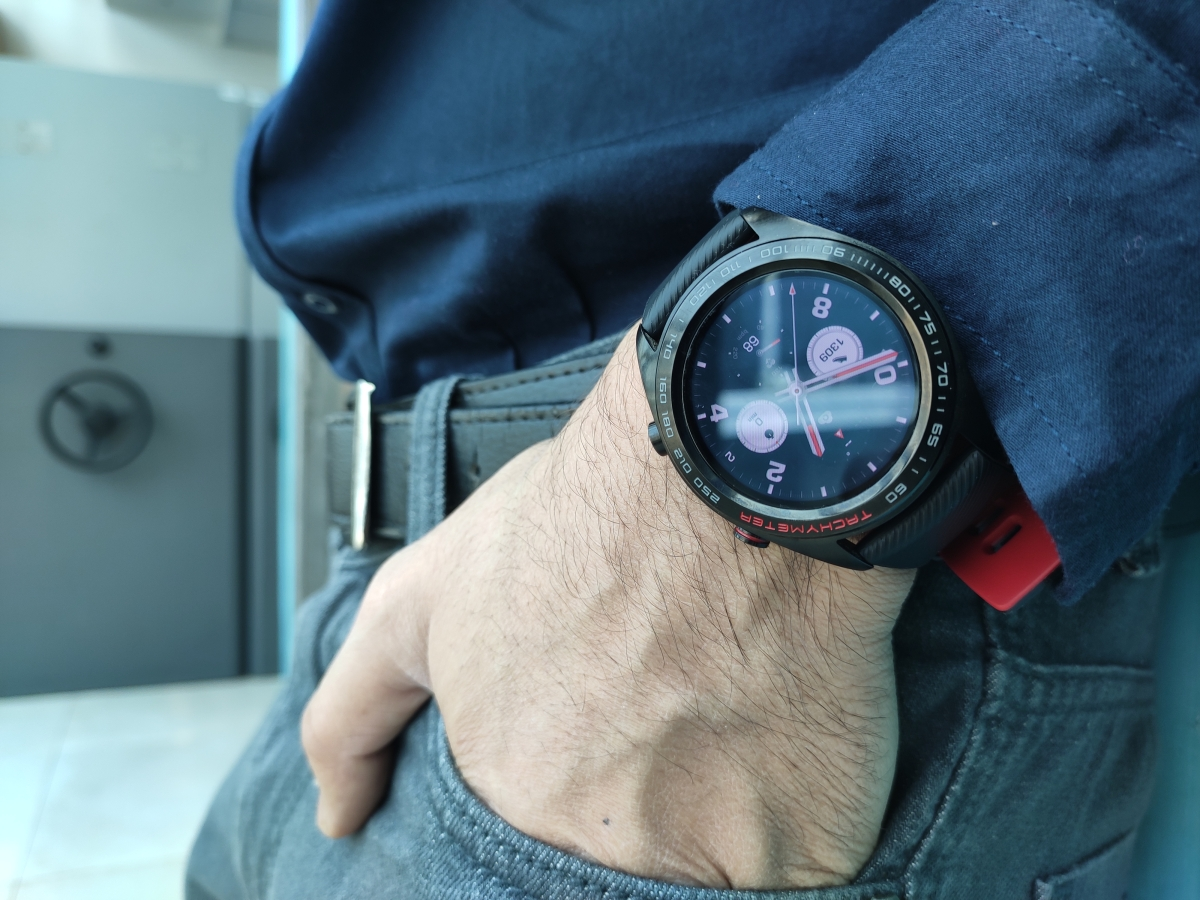 The Honor Watch Magic offers 7 day battery life.