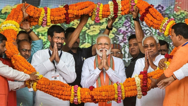 Prime Minister Narendra Modi with Bihar Chief Minister Nitish Kumar, Lok Janshakti Party (LJP) chief Ram Vilas Paswan and others being felicitated during an election rally, ahead of the Lok Sabha polls, in Bhagalpur. Image used for representation.
