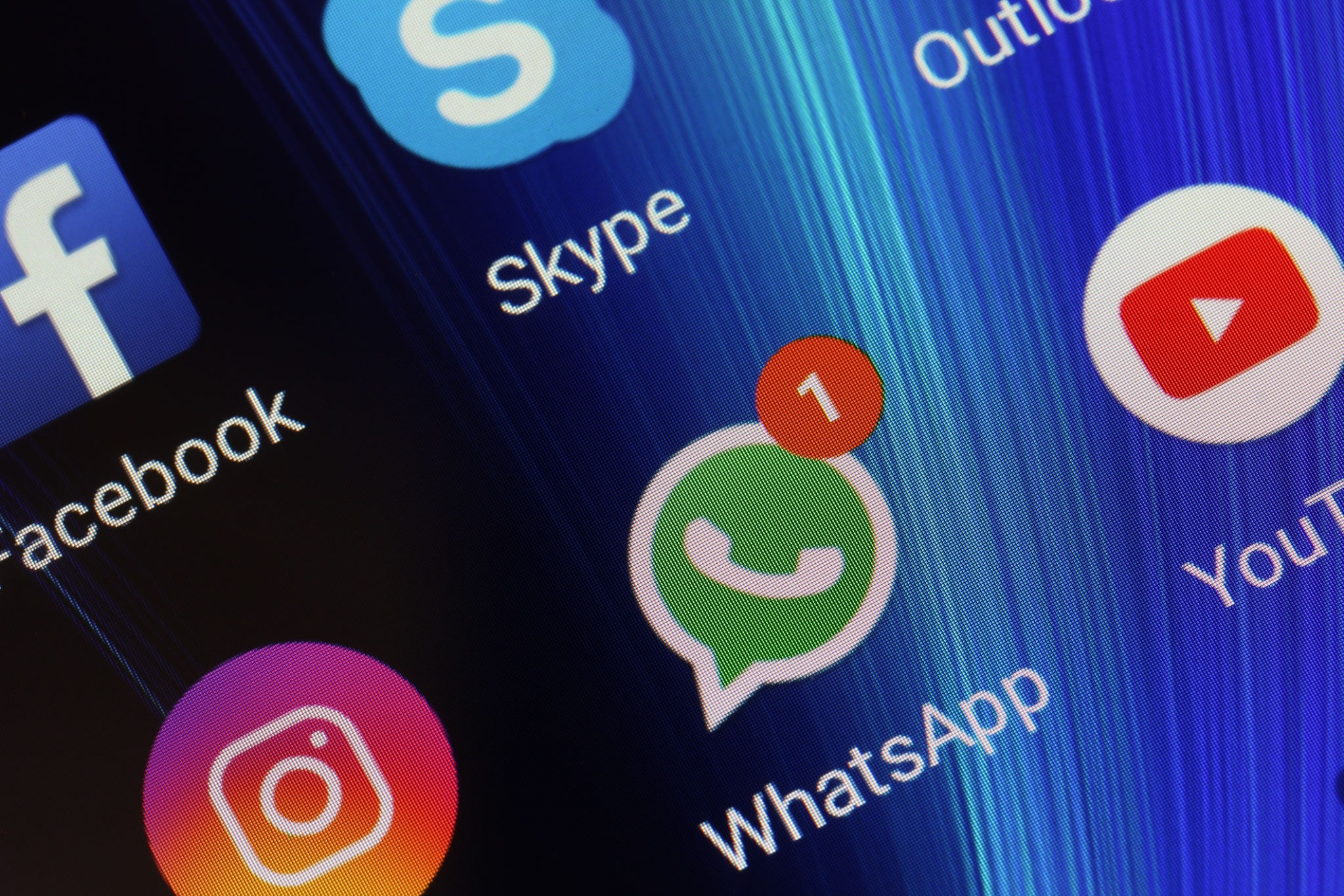 WhatsApp Won't Let You Take Screenshots When Fingerprint Enabled