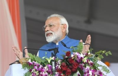 Modi to hold roadshow in Varanasi on Thursday