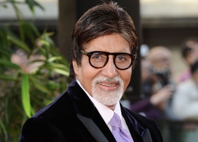 Big B's look from Tamil film 'Uyarntha Manithan' out