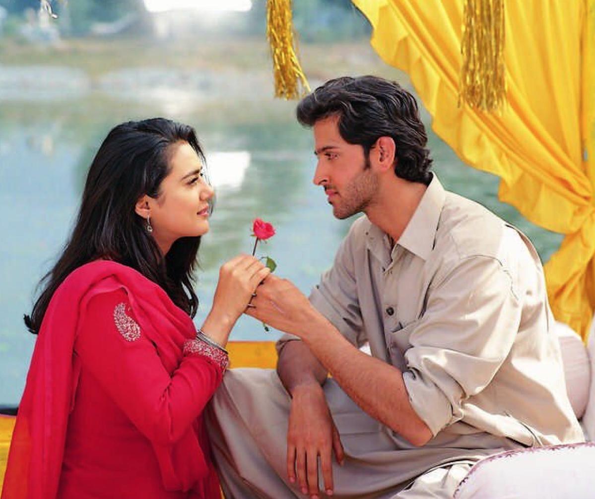 Hrithik Roshan and Preity Zinta in <i>Mission Kashmir</i>.