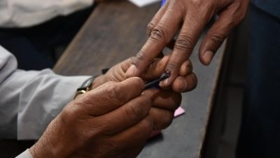 Voters Complain About Faulty EVMs in Kovalam, Wayanad