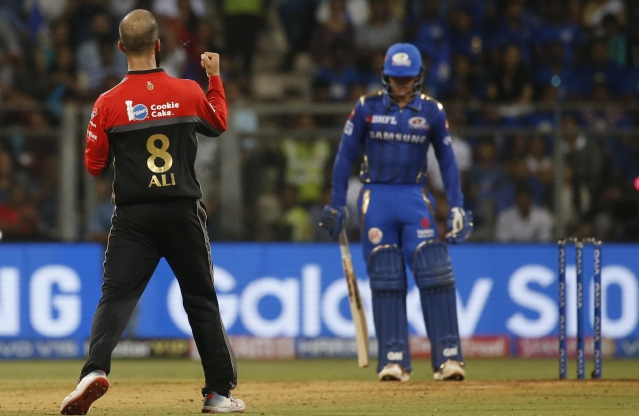Off-spinner Moeen Ali (2/28) brought RCB back into the match with a two-wicket burst in a single over.