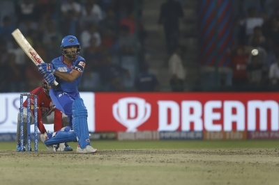 Dhawan taunts Ashwin post yet another 'Mankad' attempt