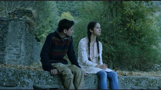 No Fathers in Kashmir: This Realistic Story Has Critical Omissions