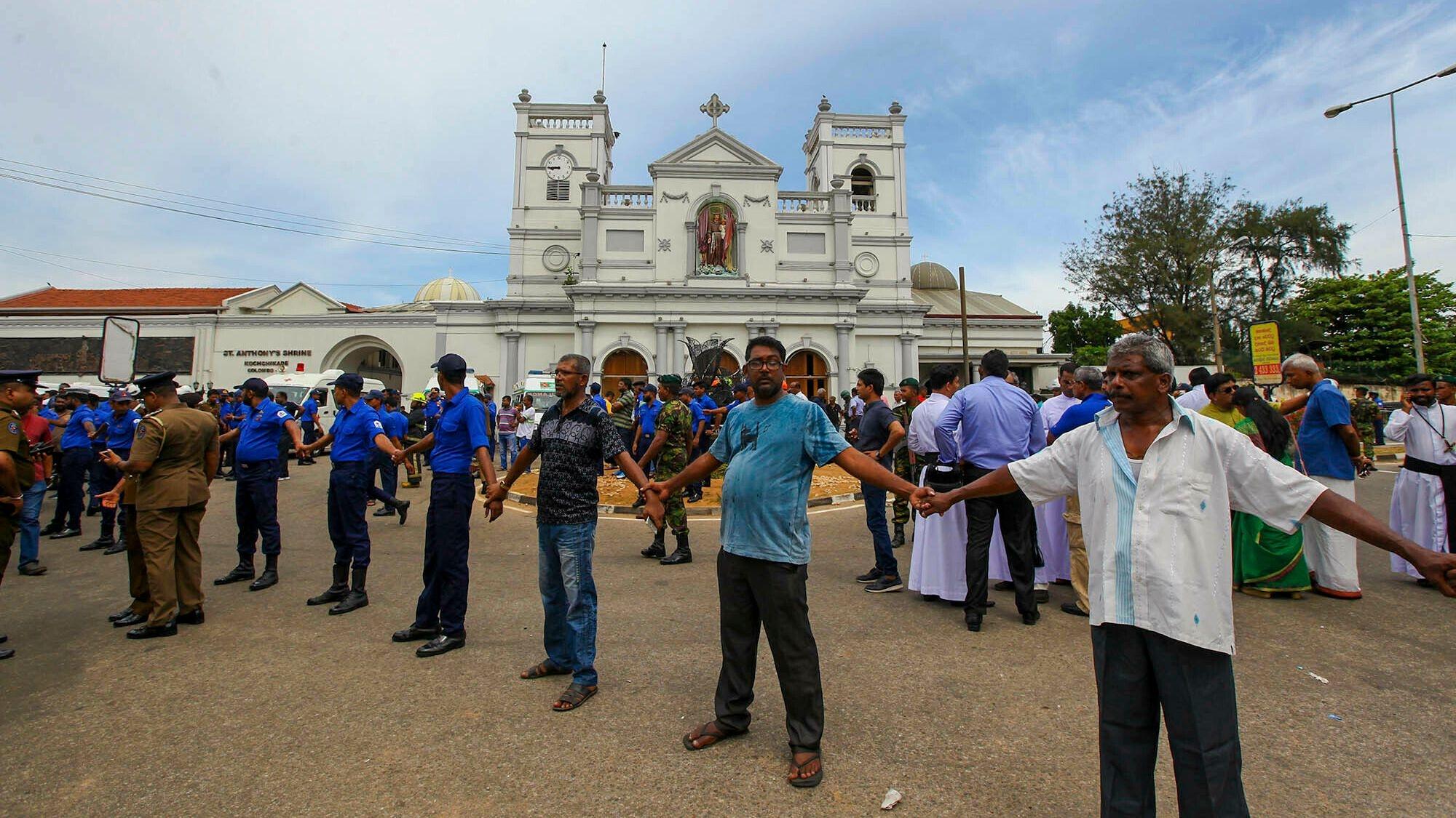 Sri Lanka Blasts: World Leaders Condemn Attack as Death Toll Rises