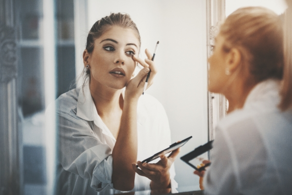 Lazy Girl? Here is Your 9 to 9 No-Fuss Makeup Routine