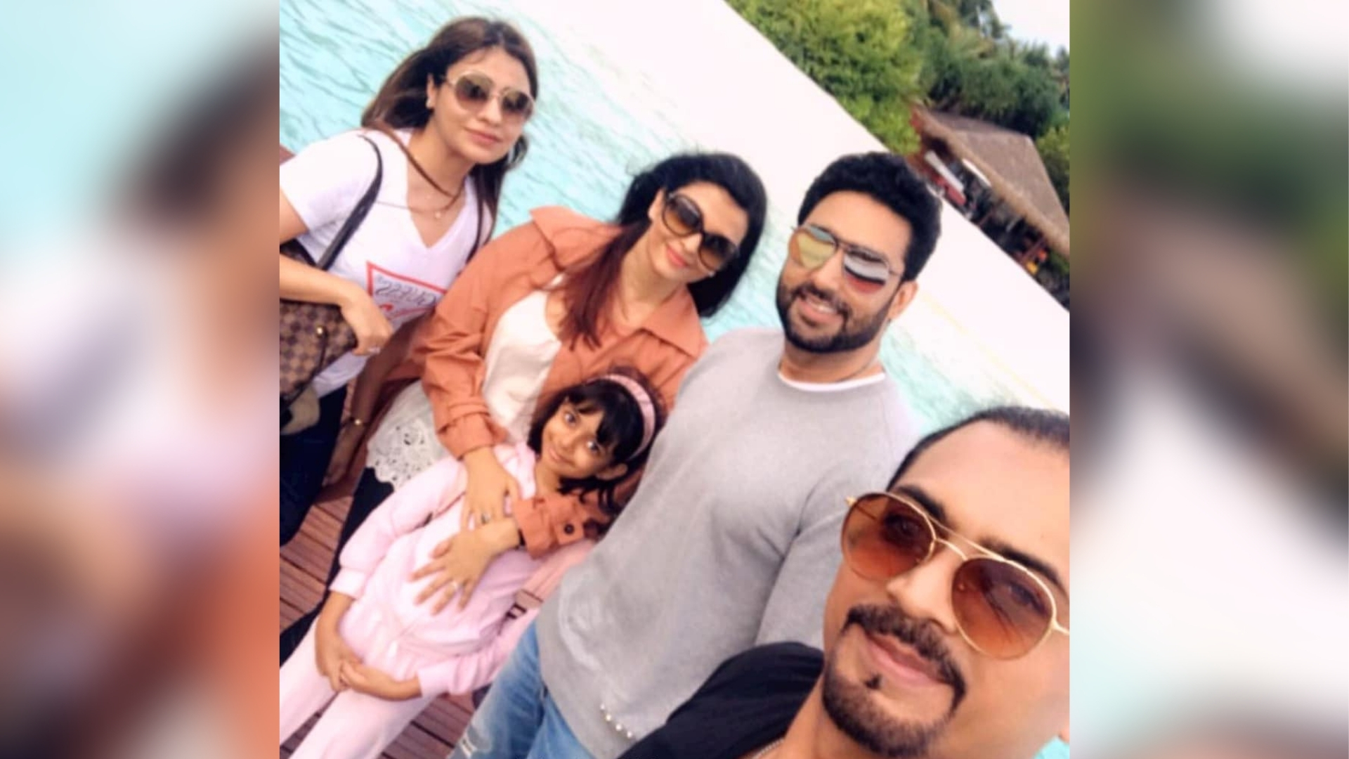 Aishwarya & Abhishek Are Picture-Perfect on Their Maldives Vacay