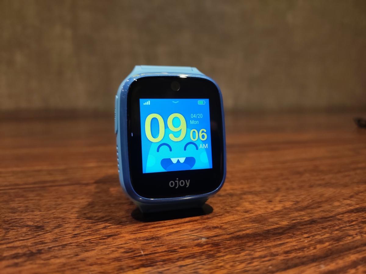 The Ojoy A1 smartwatch for kids.