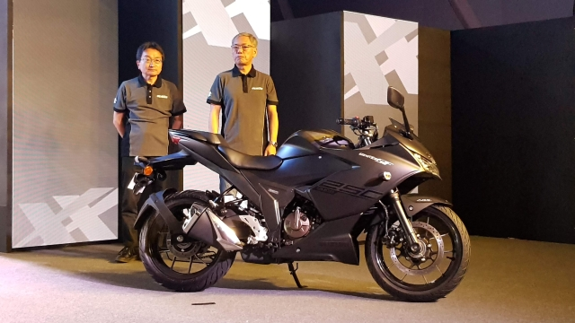 The Suzuki Gixxer SF 250 in a stealth black shade.