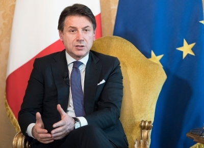 'Worried' over conflict, Italian PM tells Libyan warlord