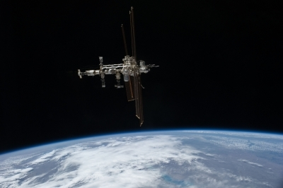 NASA's robot completes first hardware test in space
