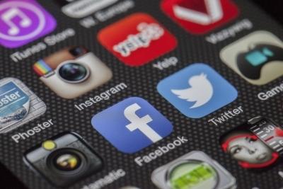 SL lifts temporary ban on social media