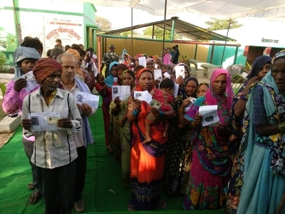 Punjab sees 57% voting amidst skirmishes