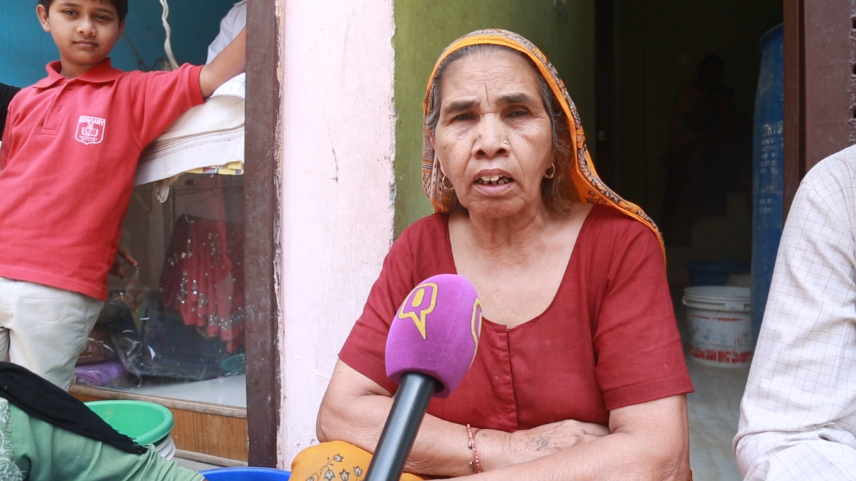 Mayadevi complains that there is acute water shortage in the village.