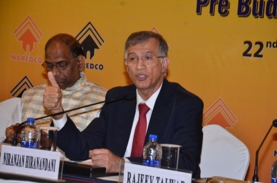 Realtors for early resolution of liquidity crisis