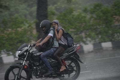 Rainfall in Punjab, Haryana brings down mercury