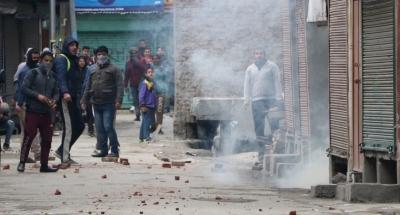 After days of tension, Kashmir limps back to normal