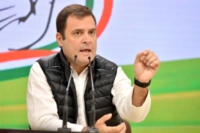 Rahul Gandhi takes back offer to resign