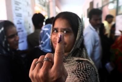 Brisk polling in progress in TN by-elections