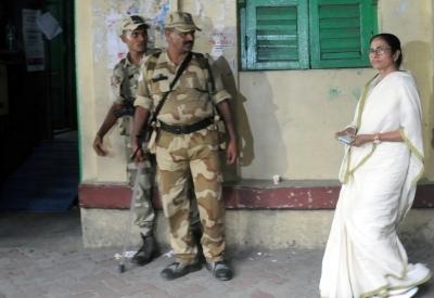 Mamata accuses BJP workers, CRPF of torturing people