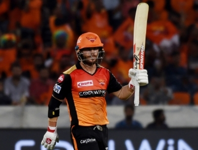 Warner does it again, wins Orange Cap for 3rd time