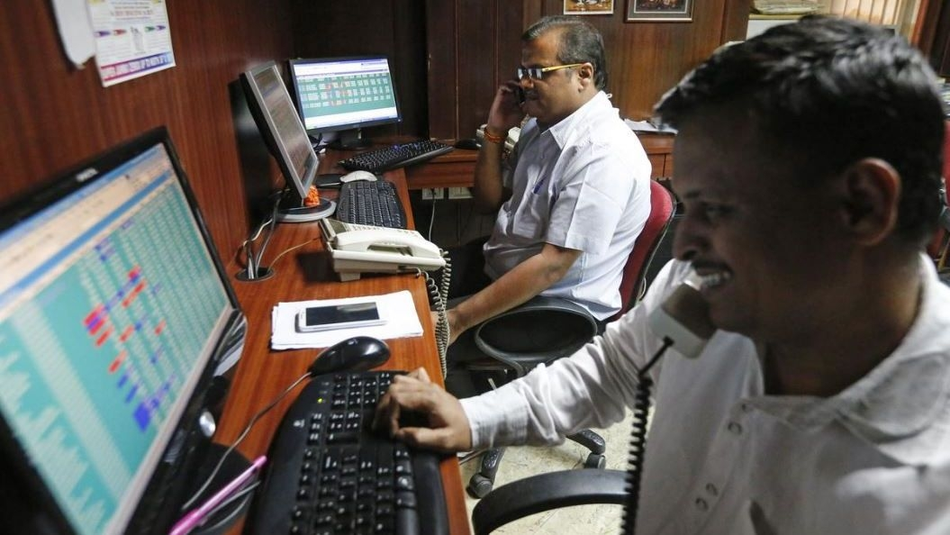 QBiz: Sensex Posts Biggest One-Day Gain in 10 Years & More