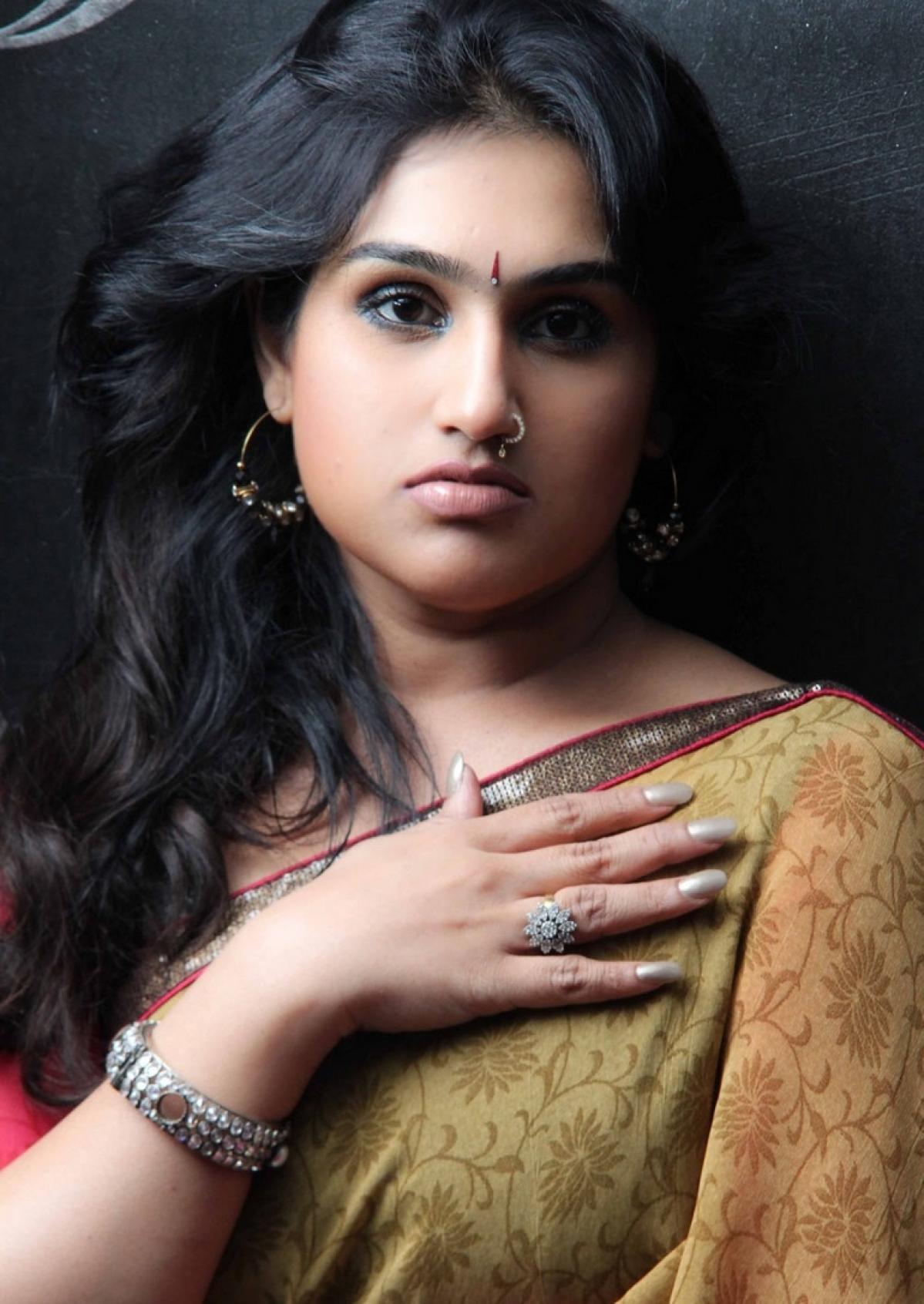 Bigg Boss Tamil Season 3 kicks off  Stay Tuned for Live Updates