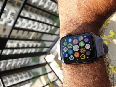 US doctor detects deadly heart condition with Apple Watch