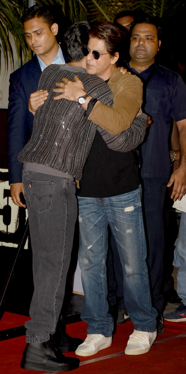Shah Rukh Khan gives Ayushmann a warm hug.