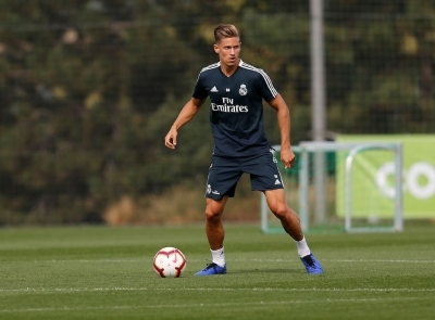 Aletico Madrid signs Marcos Llorente for five years