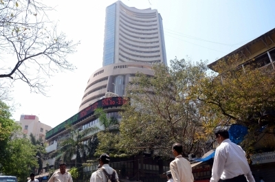 Fed opens gate for rate cut, sends Sensex soaring