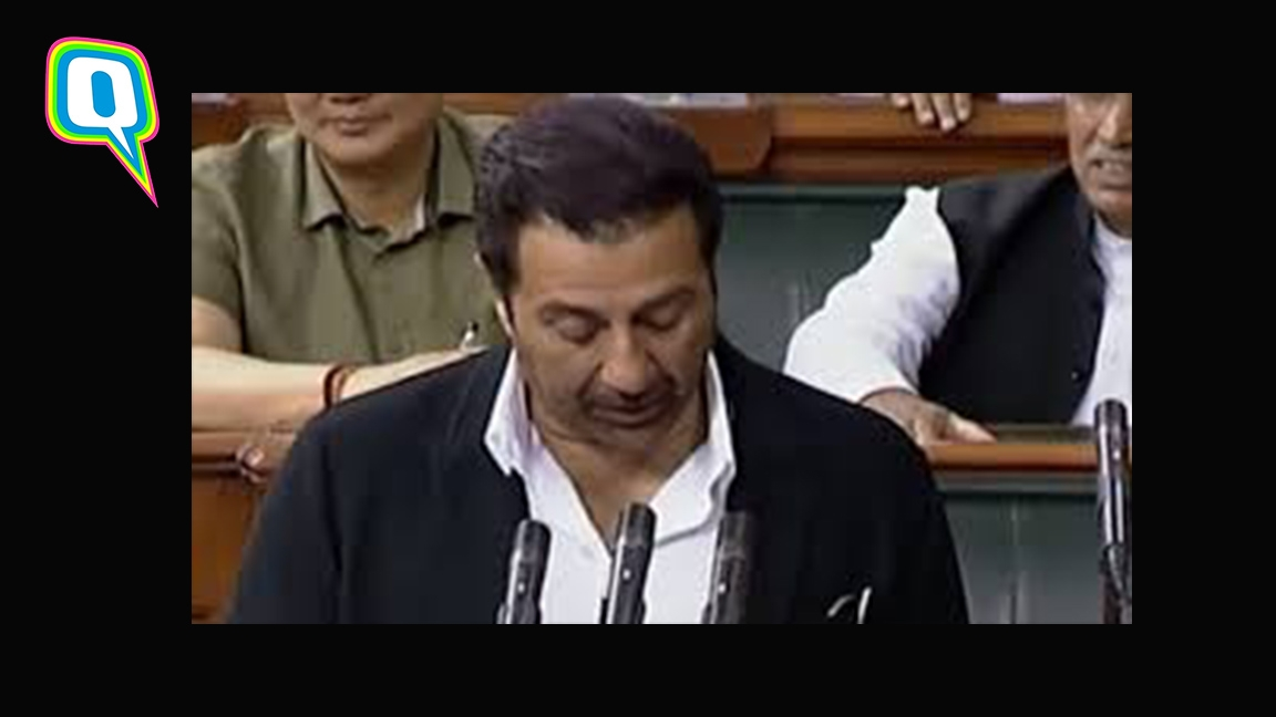 Sunny Deol Makes A Faux Pas While Taking His Oath As MP