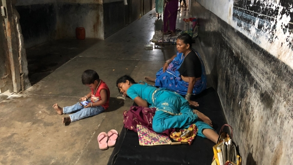 The Quint reaches Bihar's DMCH, where dilapidated buildings, filth lack of doctors, nurses and health equipment present a horrific picture of Bihar's health system.