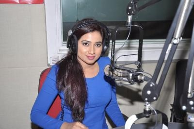 Shreya, Sonu Nigam come together for love song