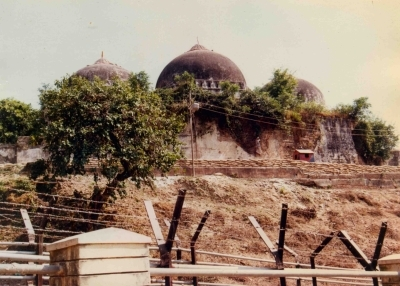 UP government working for one community: Babri panel