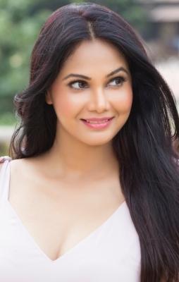 Working with Zeenat Aman a dream come true: Rupali