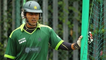 Amir Confessed to Spot-Fixing After Afridi Slapped Him: Razzaq