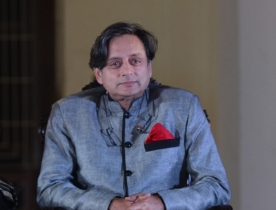 Tharoor gets bail in defamation case over scorpion remark