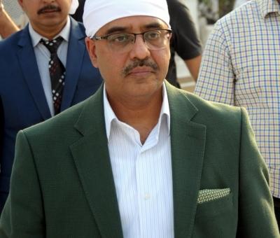 Pakistan Foreign Secretary prays at Jama Masjid