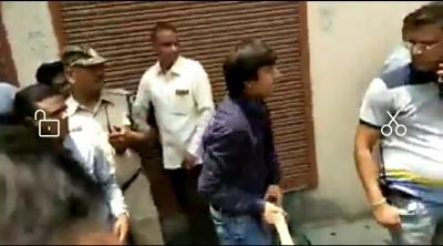 BJP in a quandary over Vijayvargiya incident