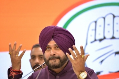 Sidhu sends resignation to CM Amarinder