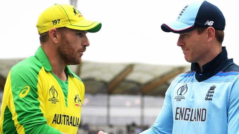Australia Opt to Bat, Handscomb Replaces Khawaja