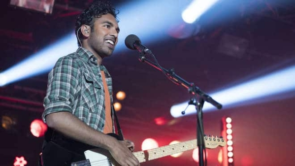 Himesh Patel in a scene from <i>Yesterday</i>.