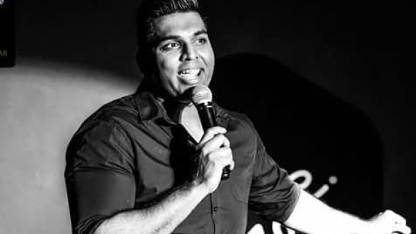 Indian Comedian Manjunath Naidu Collapses on Stage in Dubai, Dies